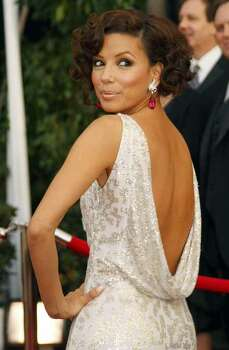"Actress Eva Longoria from ""Desperate Housewives'' arrives at the 14th annual Screen Actors Guild Awards in Los Angeles January 27, 2008.  REUTERS/Mike Blake    (UNITED STATES) Photo: MIKE BLAKE, REUTERS / X00030"