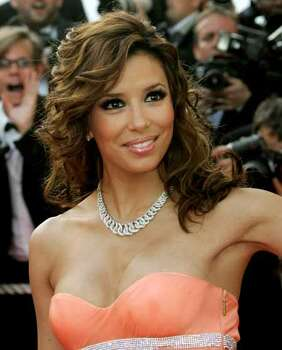 U.S. actress Eva Longoria arrives for the awards ceremony at the 59th Cannes Film Festival May 28, 2006.  REUTERS/Vincent Kessler Photo: VINCENT KESSLER, REUTERS / X00403