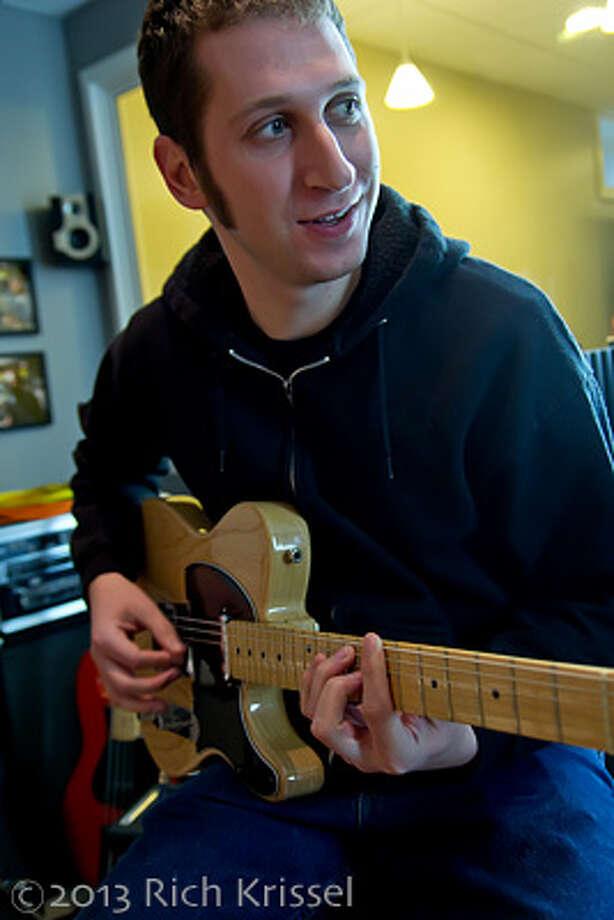 Jay Bonafide - guitar
