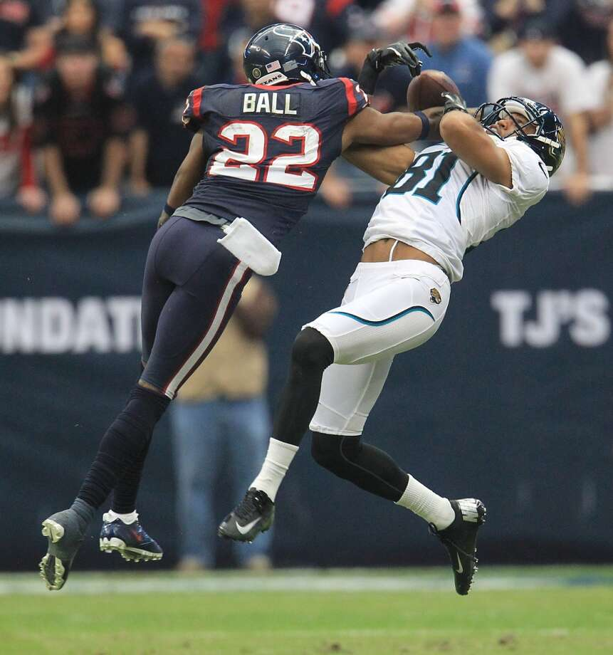 Alan BallThe cornerback will remain in the AFC South as he inked a two-year deal with the Jaguars.