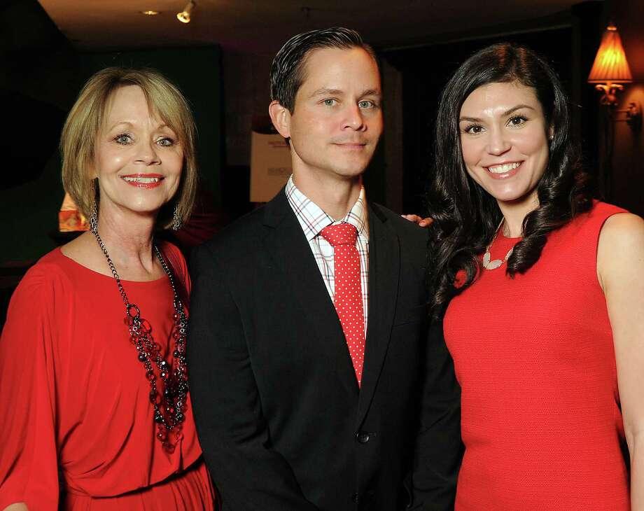 Peggy Dixon, from left, Justin Dixon and Alaina Dixon Photo: Dave Rossman, Freelance / © 2013 Dave Rossman