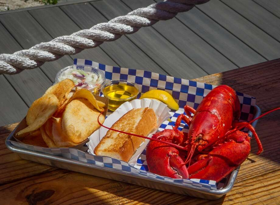 Crack your first lobster claw of the season at Mystic Seaport's New-England Lobster Days during Memorial Day Weekend. Enjoy the historic boats, ships and exhibits of America's leading maritime museum. Find out more.