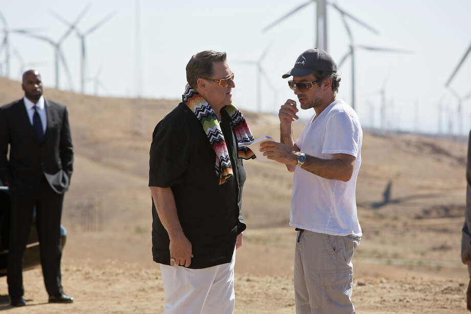 "(L-r) John Goodman and director Todd Philips on the set of ""The Hangover III."" Photo: Melinda Sue Gordon, Warner Brothers / © 2013 WARNER BROS. ENTERTAINMENT INC. AND LEGENDARY PICTURES"