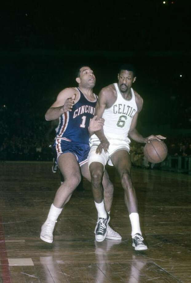 Bill RussellMVPs: 1958, 1961, 1962, 1963, 1965 Age 28: 16.8 points, 23.6 rebounds Age 29: 15.0 points, 24.7 rebounds Age 30: 14.1 points, 24.1 rebounds Age 31: 12.9 points, 22.8 rebounds Career: 15.1 points, 22.5 rebounds