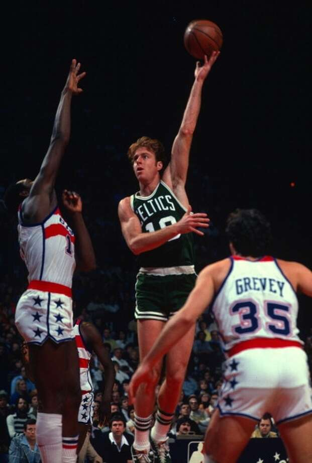 Dave Cowens MVP: 1973 Age 28: 16.4 points, 13.9 rebounds Age 29: 18.6 points, 14.0 rebounds Age 30: 16.6 points, 9.6 rebounds Age 31: 14.2 points, 8.1 rebounds Career: 17.6 points, 13.6 rebounds