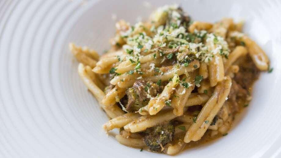 Short rib pasta