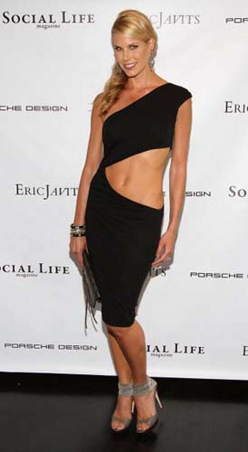Beth Stern might have gotten this dress from Halle Berry. Photo: Jerritt Clark, WireImage / 2011 Jerritt Clark
