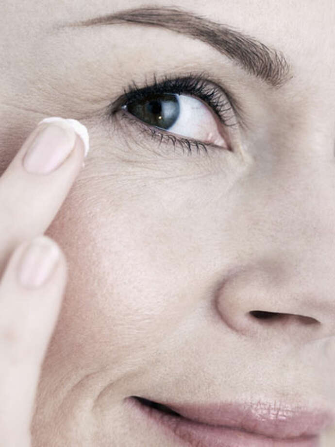 An anti-wrinkle cream Photo: Getty Images, ONLINE_YES / ONLINE_YES