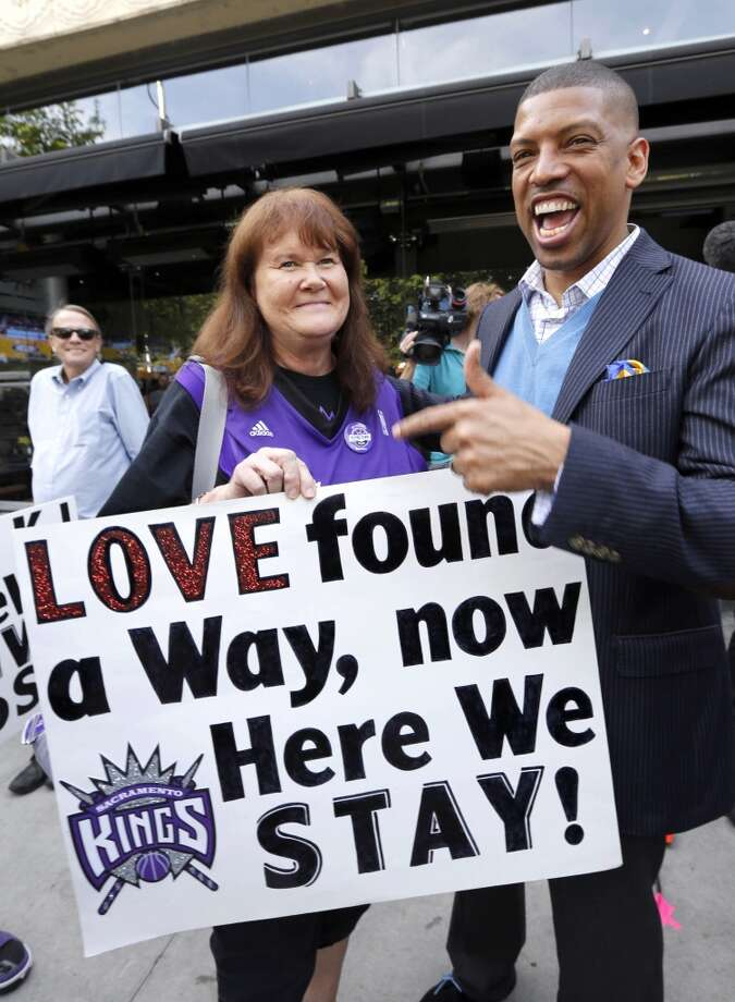 May 3, 2013: The Sacramento investment group puts half of its planned purchase price for the Kings into an escrow account, The Sacramento Bee reports. It's a key step for the Maloofs, who currently own 65 percent of the NBA team, to see the Sacramento offer as legitimate.  Meanwhile, an organization opposing Sacramento's arena plan sues the city, alleging officials were hiding the true cost of the project to taxpayers.  Photo: Rich Pedroncelli, Associated Press