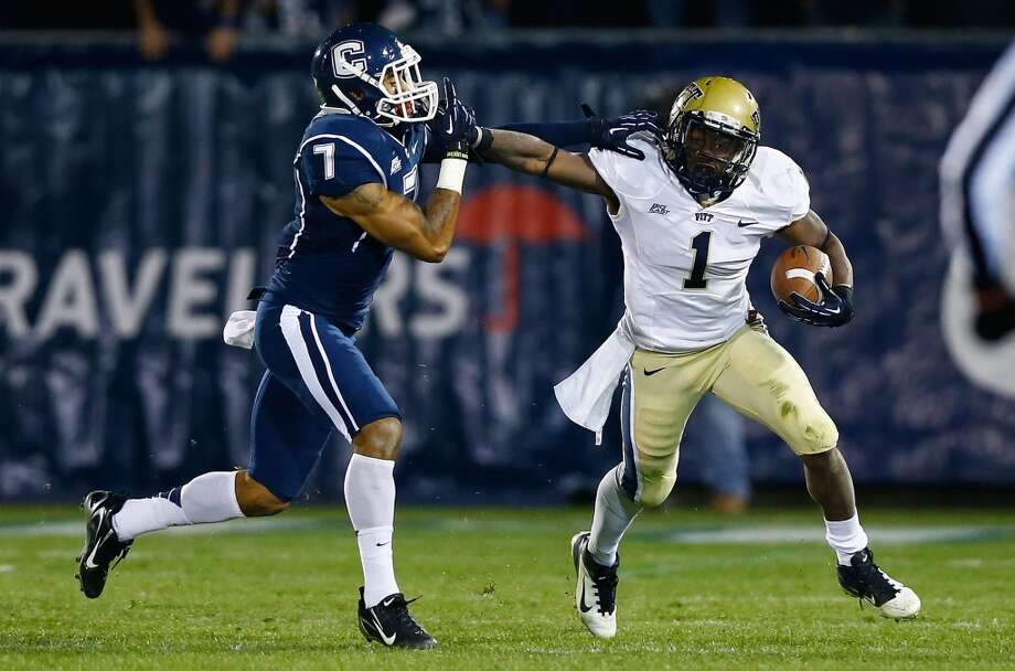 Undrafted free agentUniversity of Pittsburgh running back Ray Graham #1. Photo: Jared Wickerham, Getty Images
