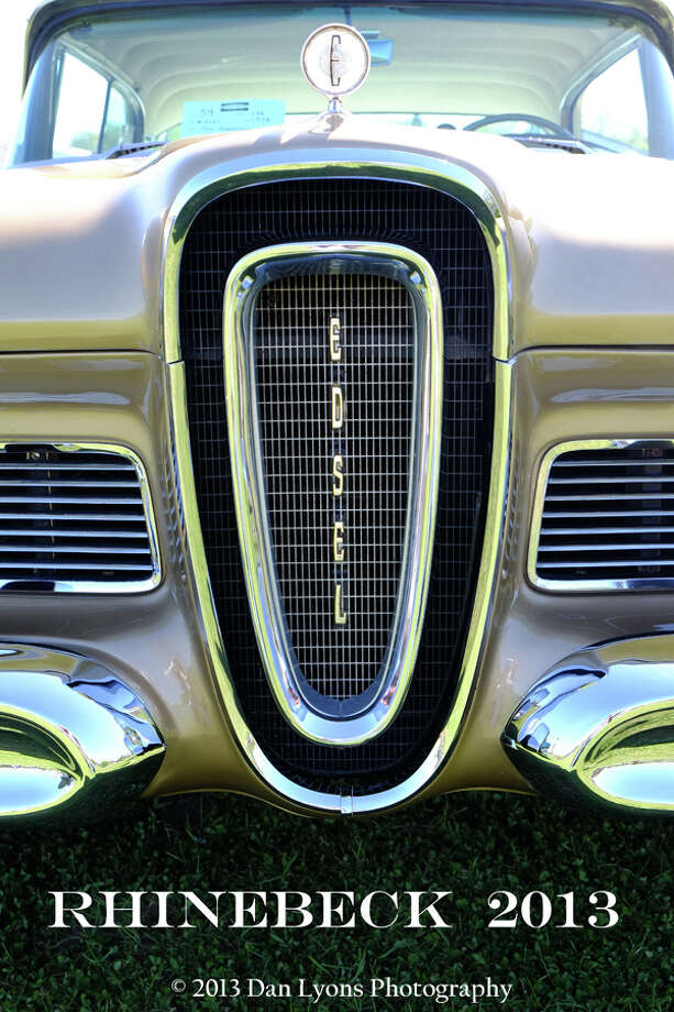 The famous, horse collar face of the '58 Edsel. / copyright: Dan Lyons - 2013