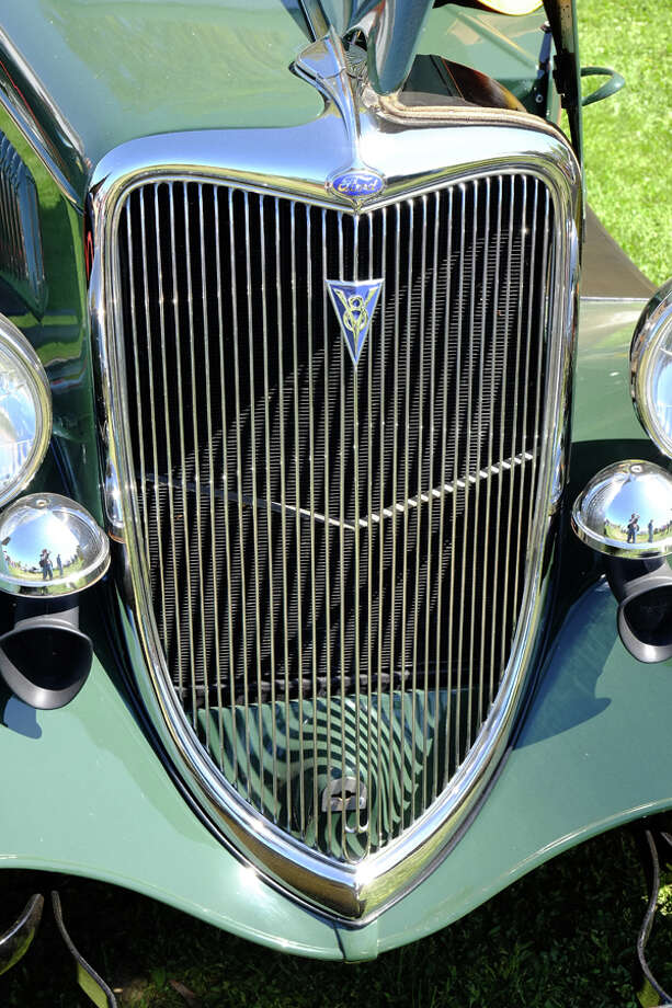 Distinctive, shovelnose grille on a '34 Ford. / copyright: Dan Lyons - 2013