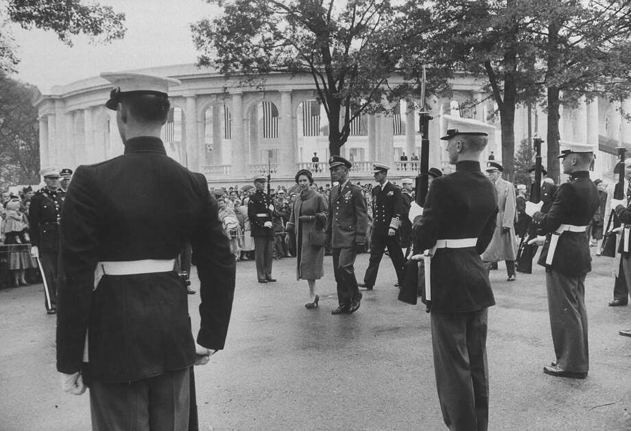 1957: Queen Elizabeth II, during her visit to Washington DC. Photo: Ed Clark, Time & Life Pictures/Getty Image / Time Life Pictures