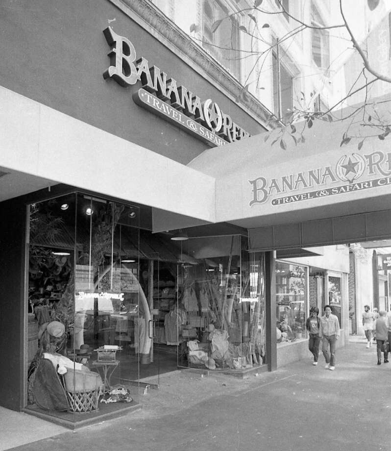 July 13, 1984: The front of Banana Republic in SF. The are arching elephant tusks near the front. My purchases included the Israeli paratrooper bag and the T-shirts, which had a logo and one of several safari animals -- I was partial to the rhinoceros. Would love to have one of those now ...