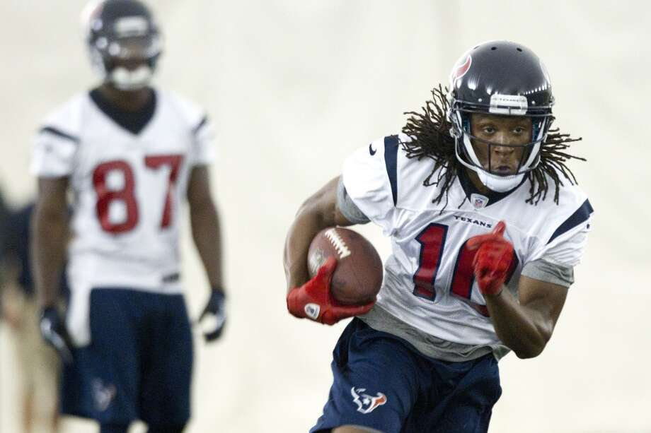 Wide receiver DeAndre Hopkins (10) runs upfield after making a catch.