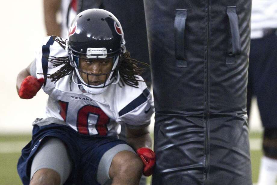 DeAndre Hopkins takes part in a drill.