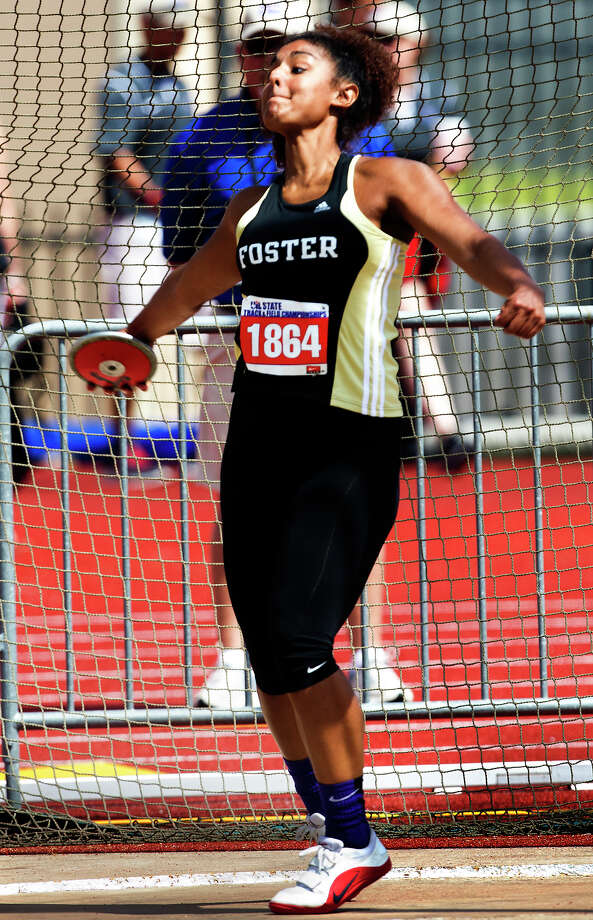 Richmond Foster High's Alexis Fatheree prepares to release during the 4A Girls Discus Throw during the High School State Track meet held at Mike A. Myers Stadium in Austin Friday, May 10, 2013, in Austin. Photo: Cody Duty, Houston Chronicle / © 2013 Houston Chronicle