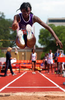 Houston Wheatley's Daye Shon Roberson competes during the 4A Girls Long Jump during the High School State Track meet held at Mike A. Myers Stadium in Austin Friday, May 10, 2013, in Austin. Photo: Cody Duty, Houston Chronicle / © 2013 Houston Chronicle
