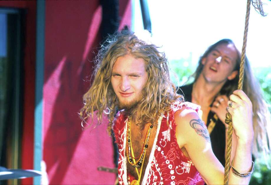Layne Staley with Alice in Chains during filming of one of their videos in Los Angeles in 1990.  Photo: Jeffrey Mayer, Getty Images / © Jeffrey Mayer 2002 All Rights Reserved