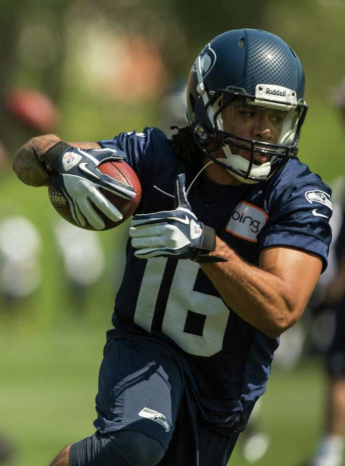 Justin Veltung runs a catching drill on the first day of the Seahawks Rookie Minicamp Friday, May 10, 2013, at the Virginia Mason Athletic Center in Renton. Photo: JORDAN STEAD, SEATTLEPI.COM / SEATTLEPI.COM