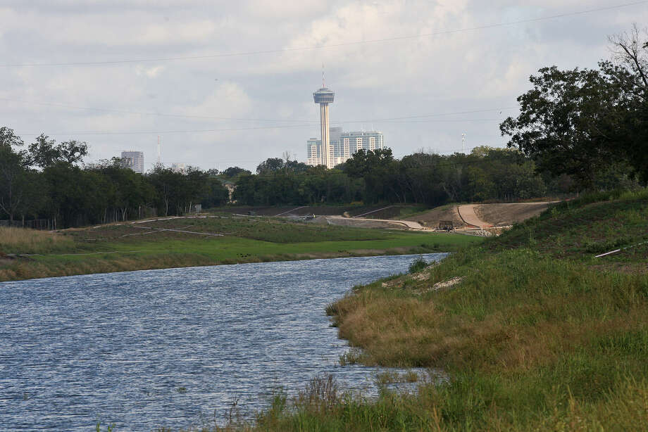 The South Texas Energy & Economic Roundtable, requested an advisory role in a report that the San Antonio River Authority compiled on issues that affect the river's watershed as it flows south of San Antonio, including areas affected by drilling. Photo: San Antonio Express-News / File Photos
