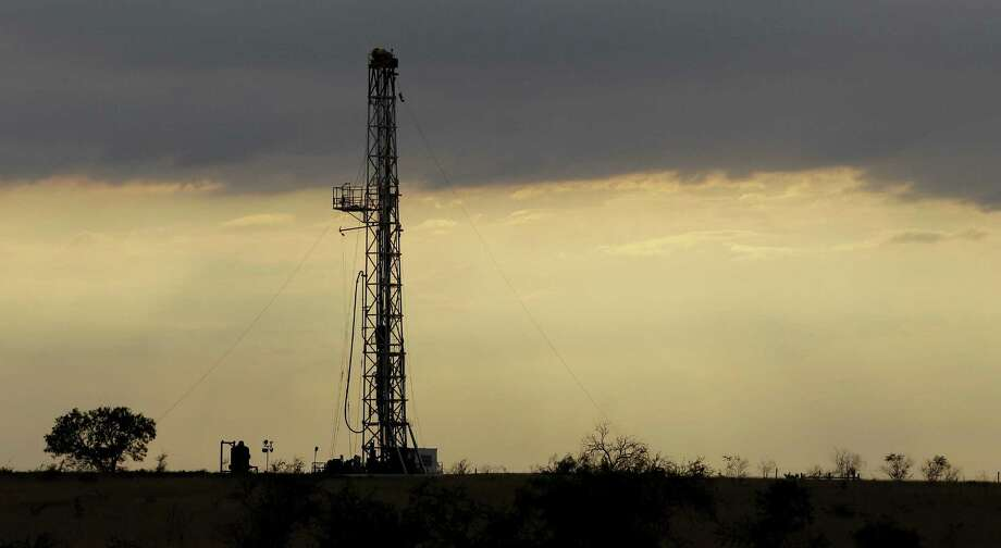 A drilling rig near Kenedy. Last fiscal year, tax income from oil production and regulation was 43 percent higher than estimated by the comptroller's office, at $2.1 billion.