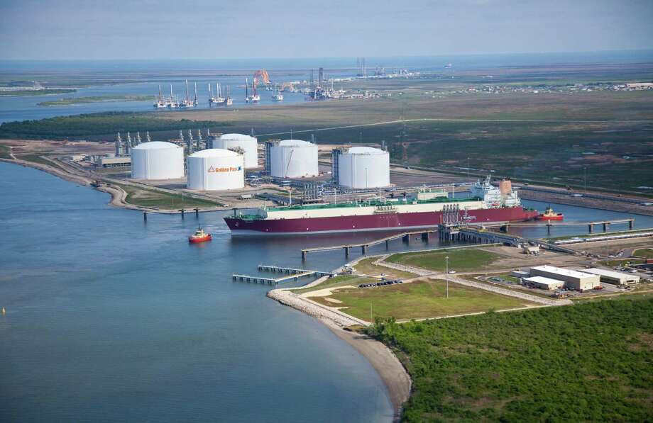 A deal between Exxon Mobil and Qatar Petroleum International would add a liquefied natural gas export terminal to the existing import terminal at Sabine Pass. Photo: Golden Pass Products