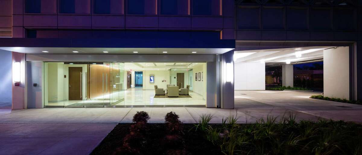 The renovation of The Bellevue at 2323 S. Shepherd included a complete remodel of the first floor to create a main lobby with high-end finishes throughout and glass exterior walls to let in more light.