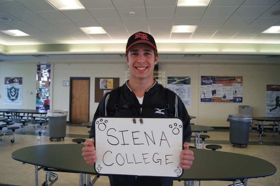 Chris Amorosi going to Siena College. Photo by Rosa D'Ambrosio.