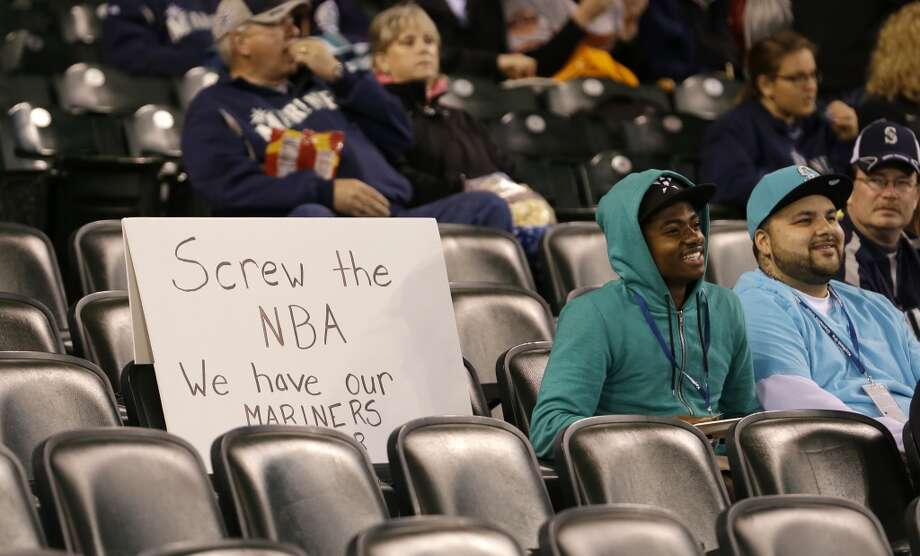 April 29, 2013:After a week of silence, the NBA's relocation committee issues a recommendation to the full Board of Governors: The seven committee members vote unanimously to recommend rejecting the Kings' relocation to Seattle, though they don't take up Chris Hansen's purchase agreement. It is a major win for Sacramento and a major loss for Sonics fans. A final vote by the Board of Governors is scheduled for May 13.  Yet Hansen vows to keep fighting, writing on his group's blog that he has ''no plans to give up'' his quest to buy the Kings and bring them to Seattle.