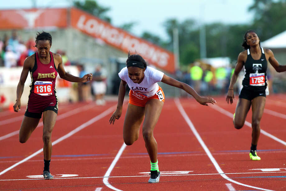 Fort Bend Bush's Jarra Owens runs the 5A Girls 400 Meter Dash during the UIL High School State Track Meet at Mike A. Myers Stadium Saturday, May 11, 2013, in Austin. Photo: Cody Duty, Houston Chronicle / © 2013 Houston Chronicle