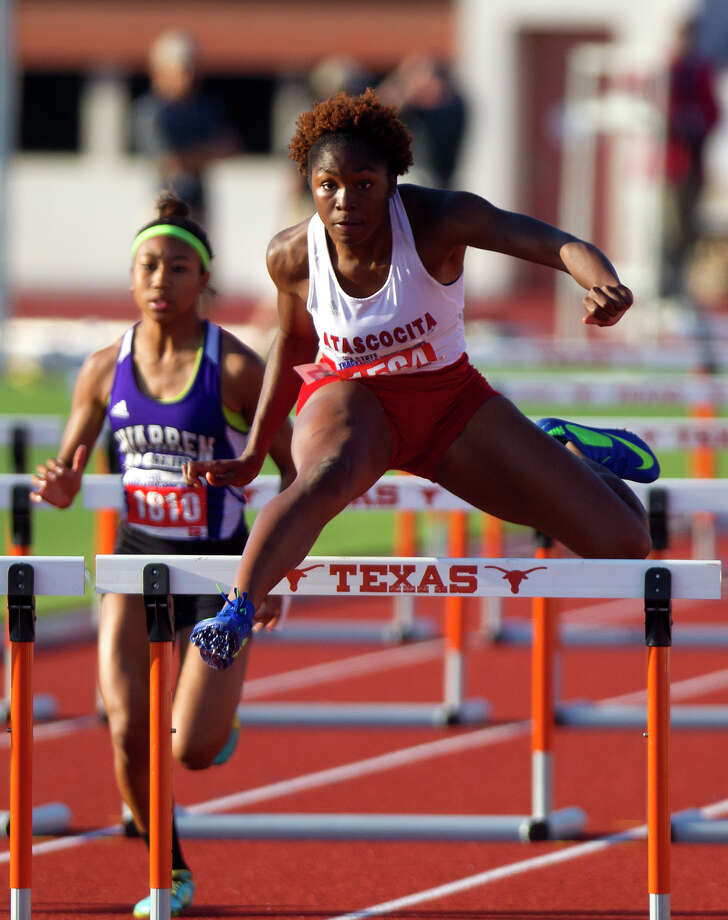 Atascocita's Ariel Jones competes in the 5A Girls 100 Meter Hurdles during the UIL High School State Track Meet at Mike A. Myers Stadium Saturday, May 11, 2013, in Austin. Photo: Cody Duty, Houston Chronicle / © 2013 Houston Chronicle