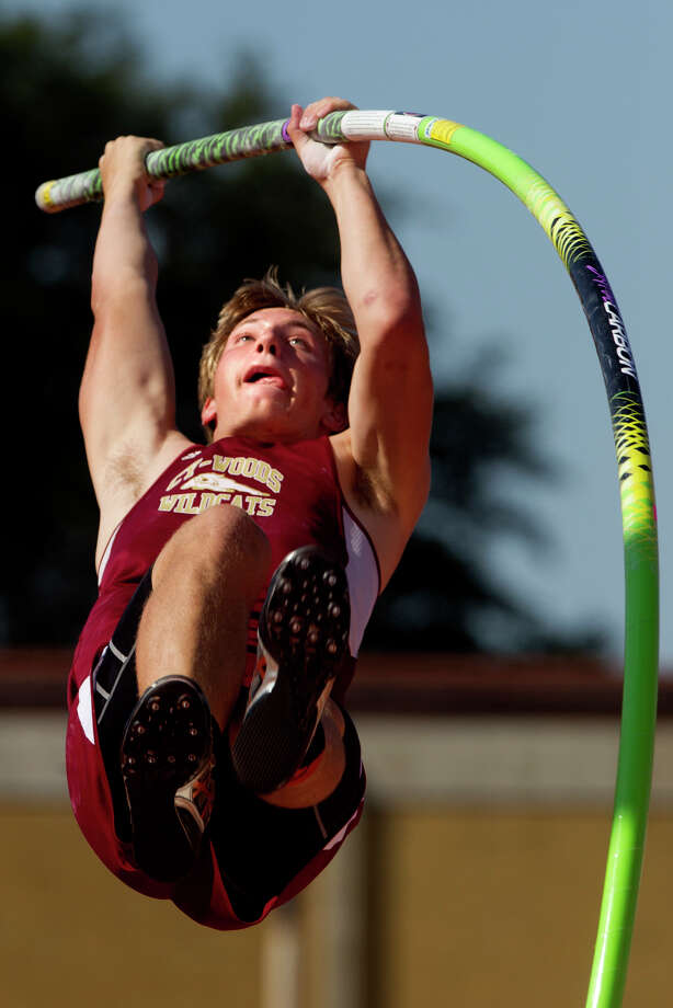 Cy-Woods Travis Toliver competes in the 5A Boys Pole Vault during the UIL High School State Track Meet at Mike A. Myers Stadium Saturday, May 11, 2013, in Austin. Photo: Cody Duty, Houston Chronicle / © 2013 Houston Chronicle