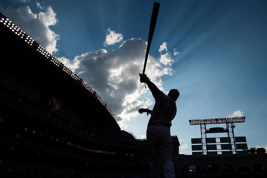 Astros center fielder Robbie Grossman takes some practice swings before the game. Photo: Smiley N. Pool, Houston Chronicle