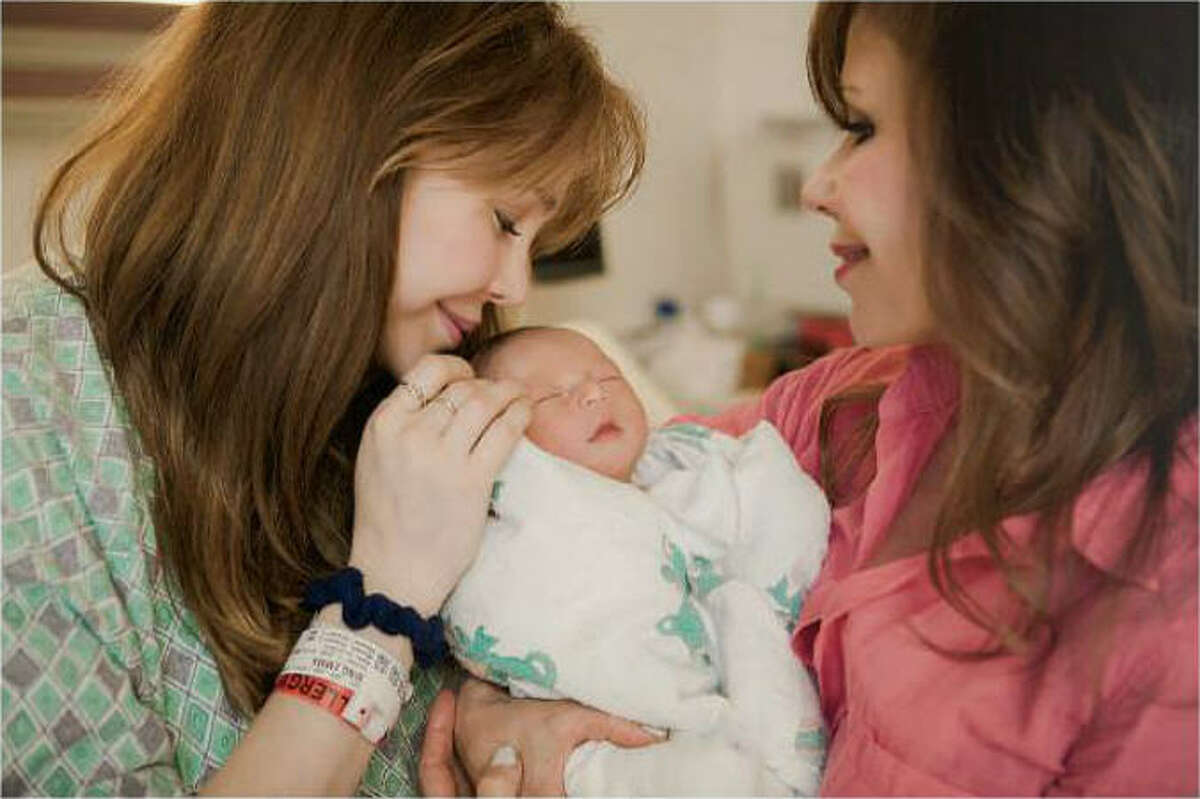 Heidi Murkoff, the pregnancy guru who created the much-consulted book series What to Expect When You're Expecting, is a grandmother. Her daughter, Emma Bing, 30, has a son, Lennox Page Al.