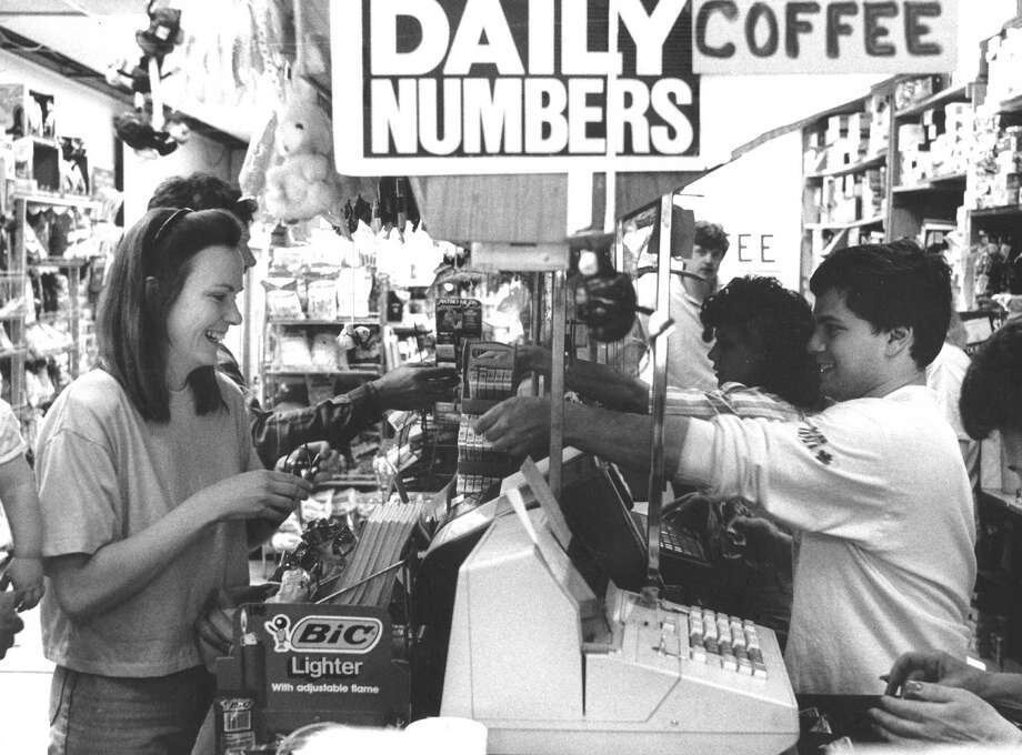 Peggy Murphy buys a lottery ticket at Bulls Head Variety on High Ridge Road on May 13, 1988, after a week of computer glitches with the state's lottery machines. Photo: Advocate