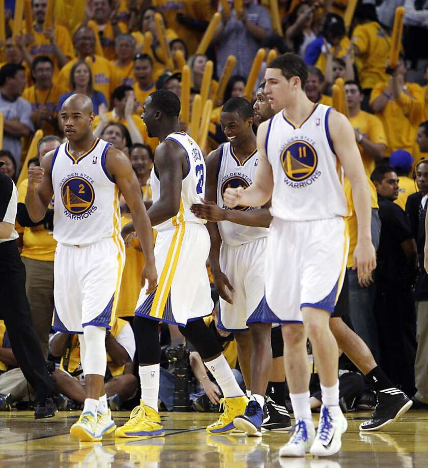 The Warriors react after a call went against the Spurs late in the second half. The Golden State Warriors played the San Antonio Spurs in Game 4 of the Wester Conference Semifinals at Oracle Arena in Oakland, Calif., on Sunday, May 12, 2013. Photo: Carlos Avila Gonzalez, The Chronicle