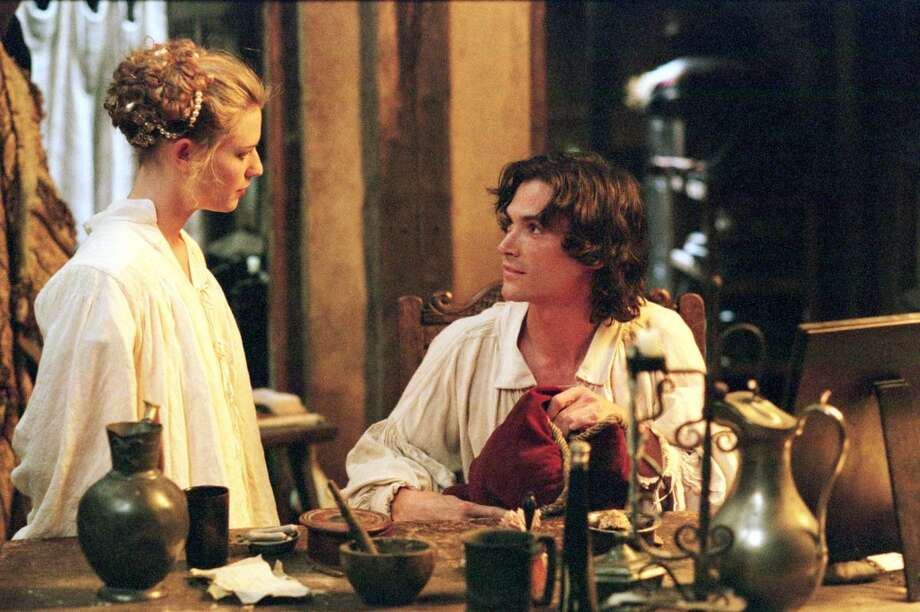 Ex-dresser turned actress Maria (Claire Danes) takes it upon herself to help 'Ned' Kynaston (Billy Crudup), after he is no longer allowed to play womens roles in Stage Beauty.  A great film that should have been rated PG-13.
