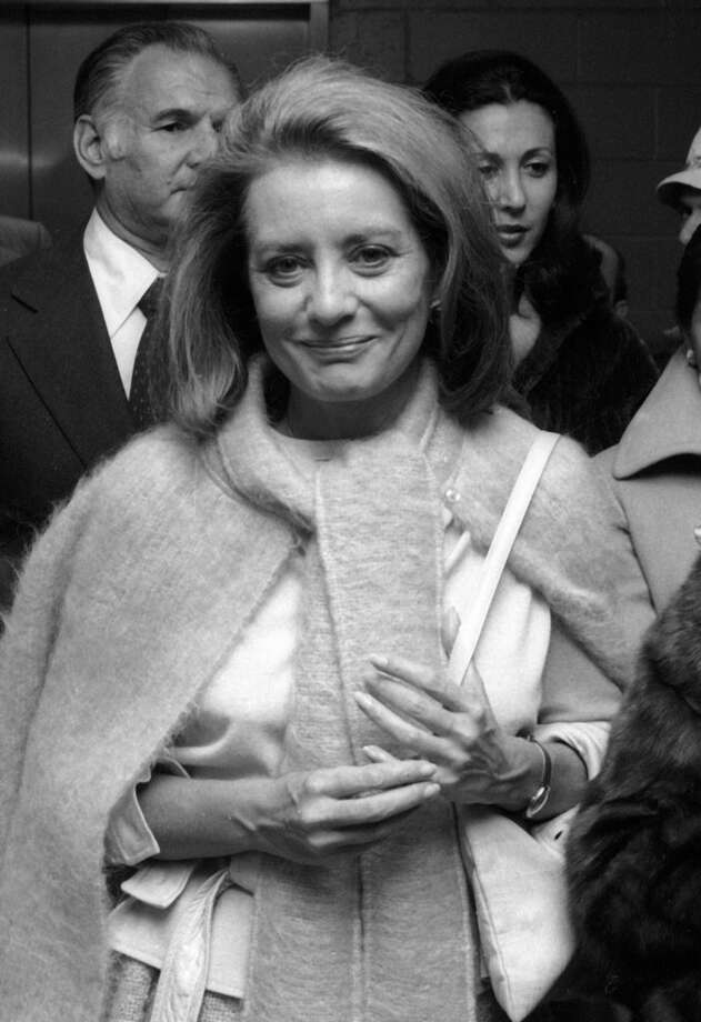 Television Personality Barbara Walters attends Game Six of World Series Yankees vs. Dodgers on October 18, 1977 at Yankees Stadium in New York City.
