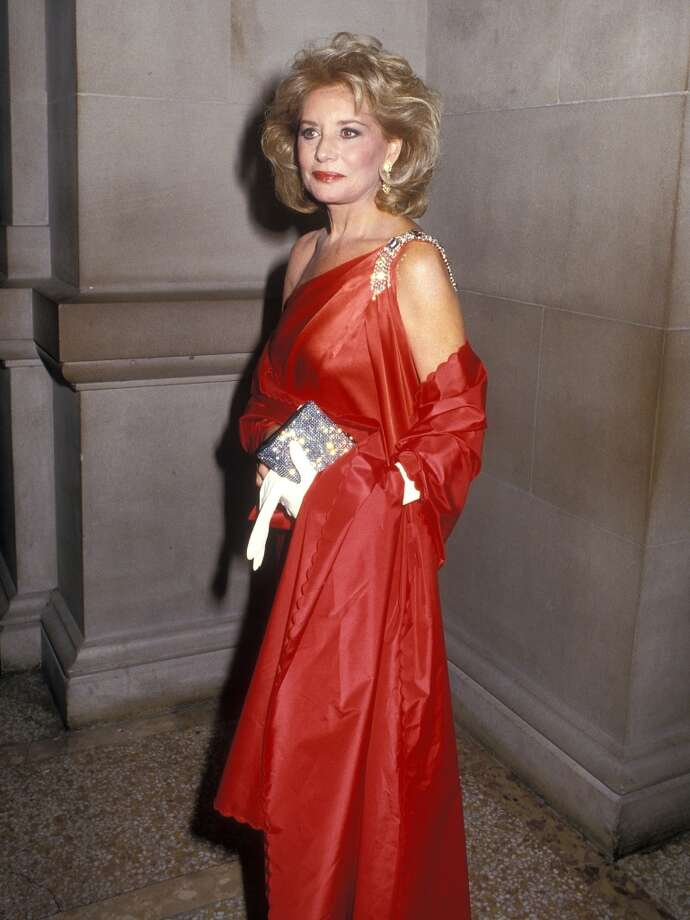 Journalist Barbara Walters attends the Sixth Annual CFDA Awards on January 12, 1987 at the Metropolitan Museum of Art in New York City.