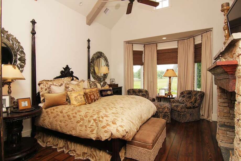 View of the master bedroom.See the listing hereorfind your next home here. Photo: HAR.com