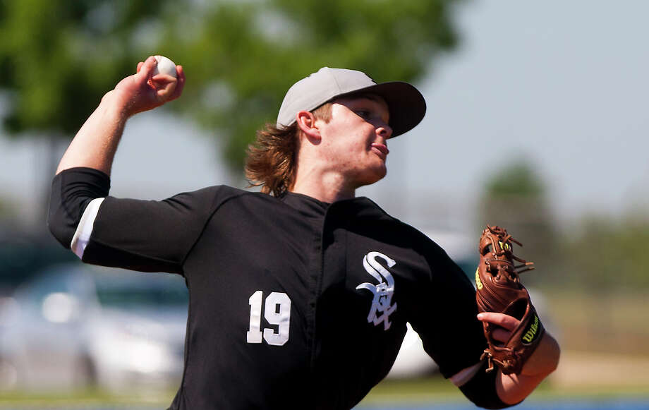 The Panthers, with Kohl Stewart on the mound, defeated rival St. Thomas on Monday to reach Tuesday's state championship game. Photo: Cody Duty, Houston Chronicle / © 2013 Houston Chronicle