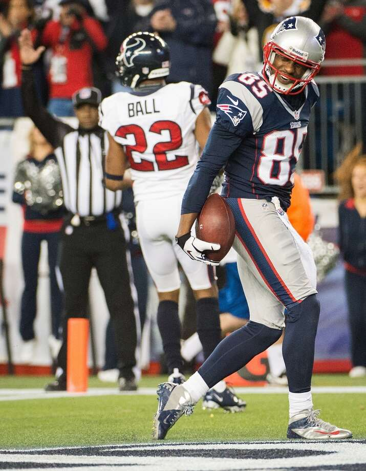 Brandon Lloyd  Wide receiver  Previous team: New England Patriots  Status: Unrestricted Photo: Smiley N. Pool , Chronicle
