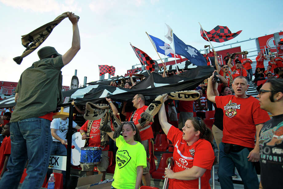 Fans turn up the noise as the game starts as the San Antonio Scorpions open in their new stadium, Toyota Field against Tampa Bay on April 13, 2013. Photo: For The San Antonio Express-News
