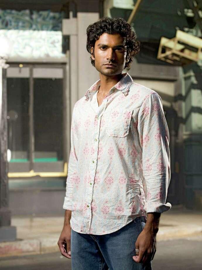 """Sendhil Ramamurthy as Mohinder Suresh in """"Heroes."""""""
