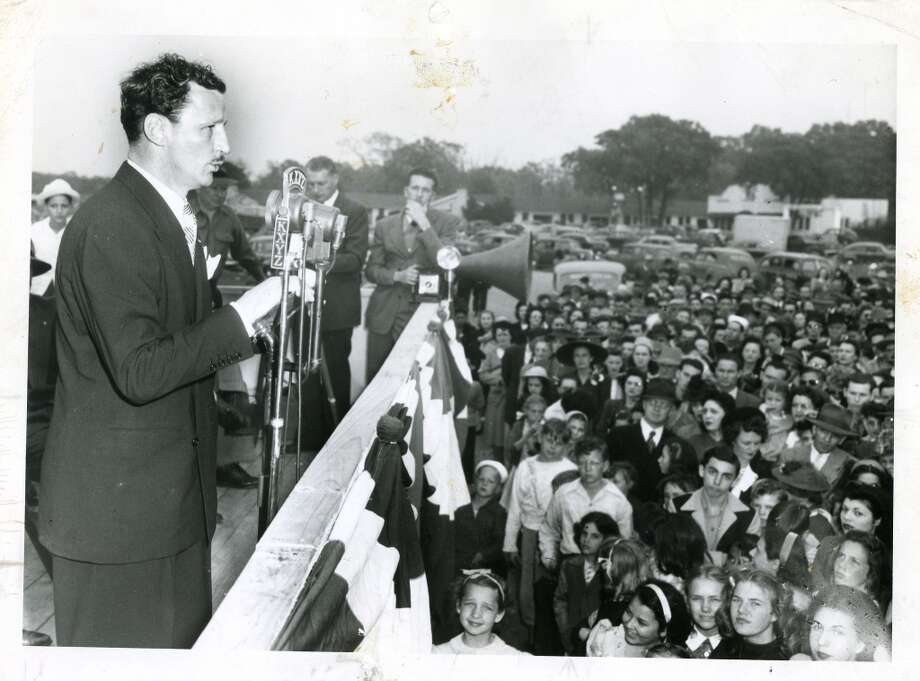 03/21/1946 - Shamrock Hotel - Glenn McCarthy speaks to crowd at groundbreaking ceremony for Shamrock Hotel and McCarthy Center