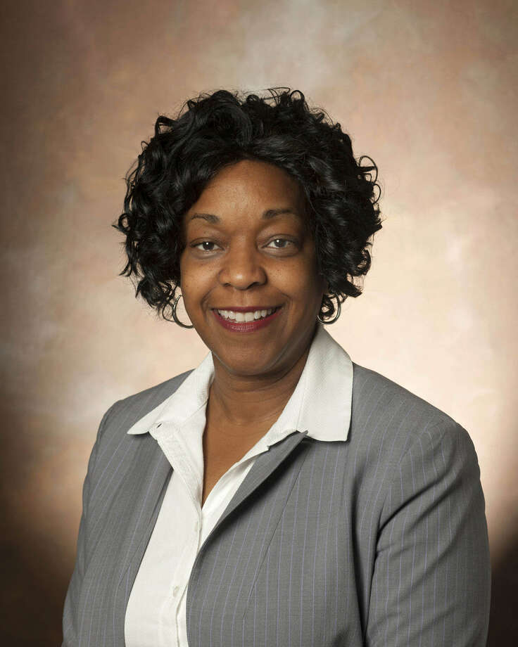 CPS Energy executive Paula Gold-Williams says women shouldn't sell themselves short.