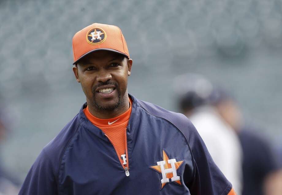 Astros manager Bo Porter looks on before his team faces the Tigers.