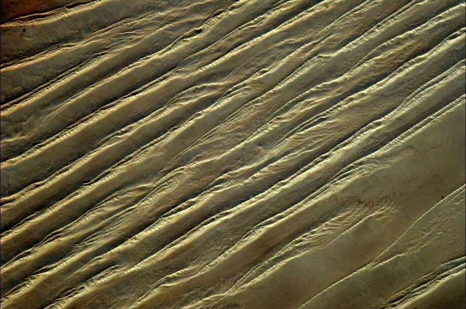 The Sahara, like Earth's skin. Photo: Col. Chris Hadfield/CSA/NASA