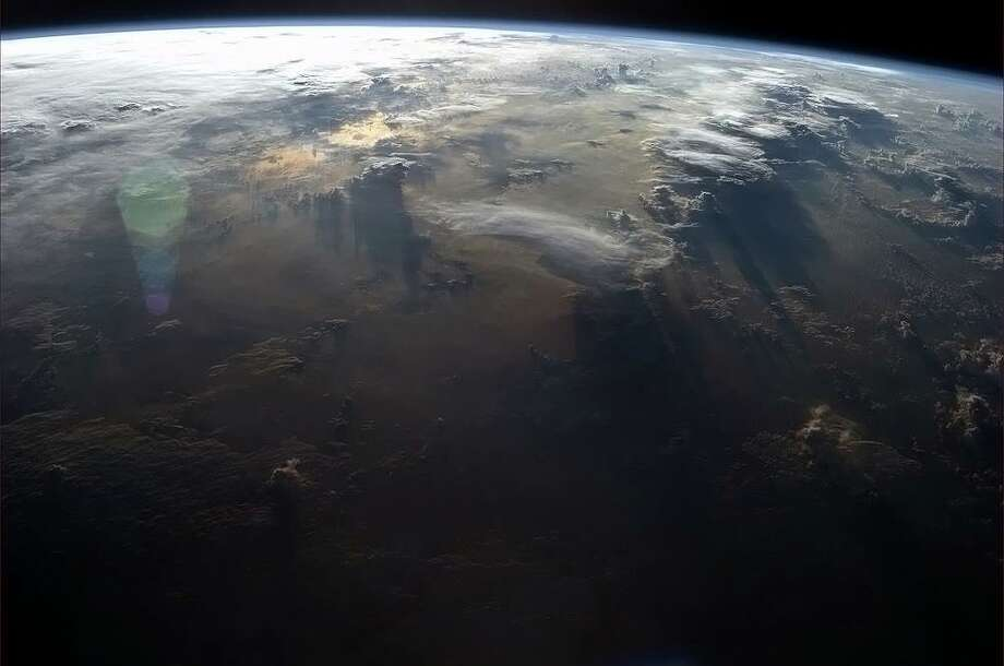 Finale: A view to put the mind at ease. Photo: Col. Chris Hadfield/CSA/NASA